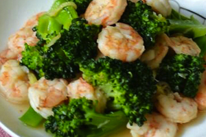 Healthy Chinese Shrimp and Broccoli